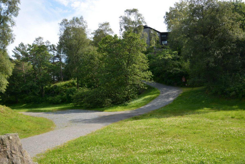 De vakre turområdene rundt Siljustøl innbyr til flotte spaserturer. En god høstaktivitet som senker pulsen.